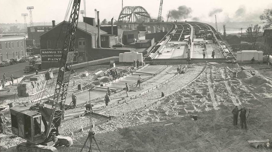 Historic photo of the Centennial Bridge being built.